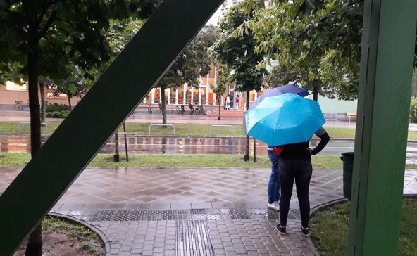 Továbbra is esős marad az idő