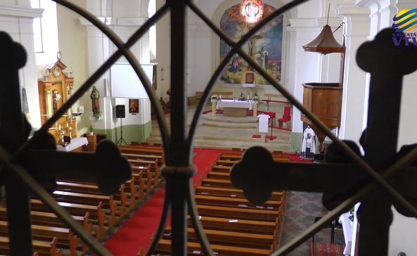 Egyelőre zárva maradnak a templomok