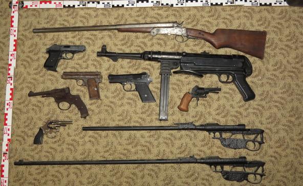 Felfüggesztett börtönt kapott az atádi fegyvergyűjtő