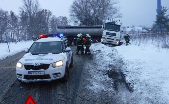 Öt baleset és két sérült a somogyi utakon