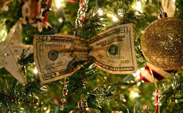 Ön mennyit költ karácsonyra? A magyarok fele ennyit
