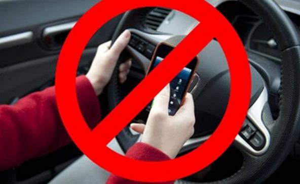 Vezetés közben ne mobilozz! - Elrettentő videó