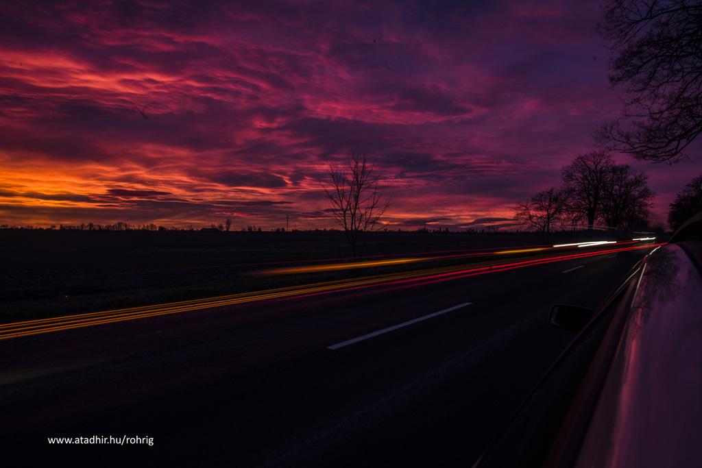 Vörös az ég alja, alighanem szél lesz. Fotó: Röhrig Dániel