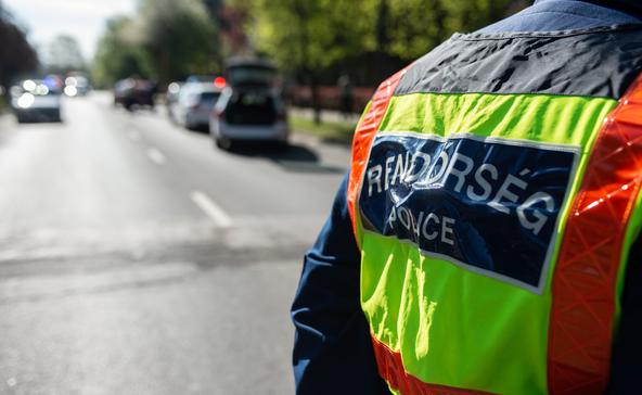 Egy baleset bizonyítási kísérlete miatt zárták le az utat