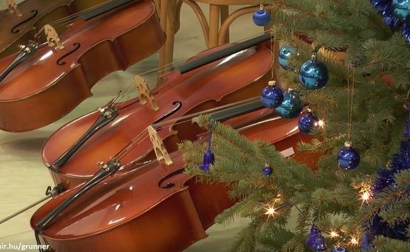 Kicsiny zenészek karácsonyi koncertje