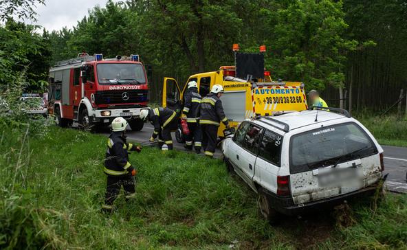 Három sérült a Nagyatád melletti balesetben