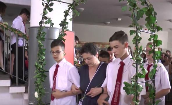 Ballagás a Bárdos Lajos általános iskolában-videóval!