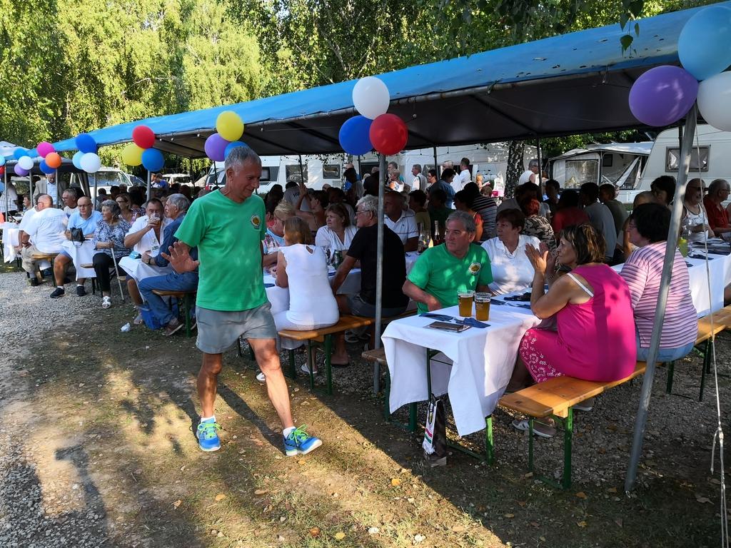 találkozó helyén 42 ismerkedés nyugdíjasok ausztria