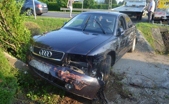 Összetörték az autótisztítóban hagyott kocsiját