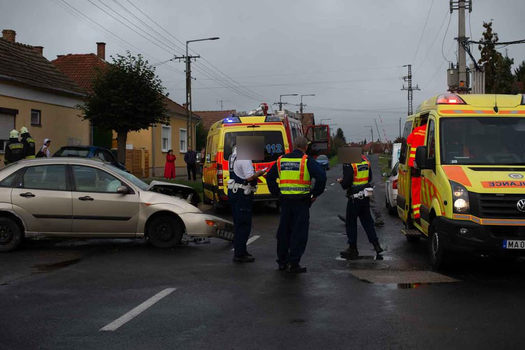 A fejsérülést szenvedett férfit mentővel Kaposvárra szállították