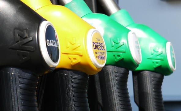 Tovább emelkedtek az üzemanyagárak