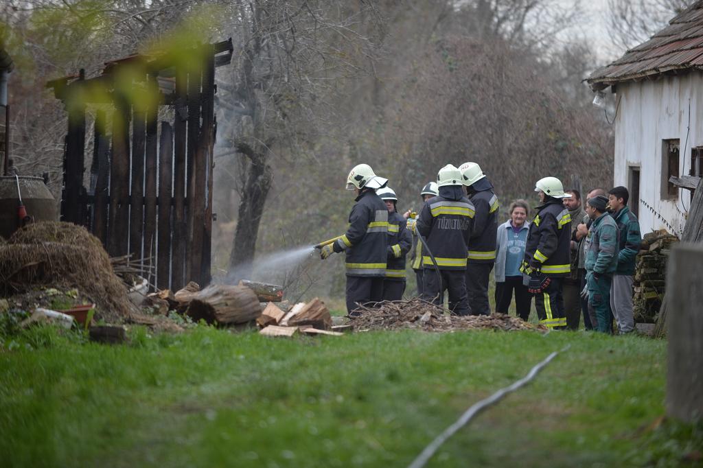 Nagy a kár: 80 kiló hús vált lángok martalékává