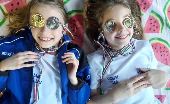 Aranyérmeket hozott a Mikulás az atádi úszóversenyzőknek