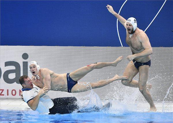 Európa-bajnok a magyar vízilabdacsapat! Fotók: MTI