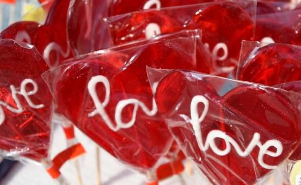 Valentin-napra ellenőrzés a NAV-tól