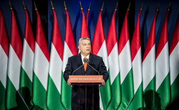 Orbán: hétfőtől zárva lesznek az iskolák