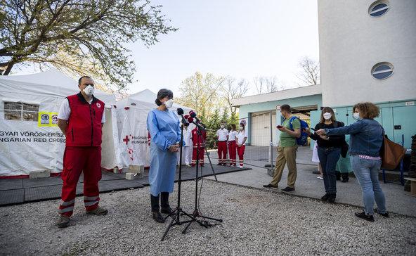 A járványveszély súlya és a rettegéskampány