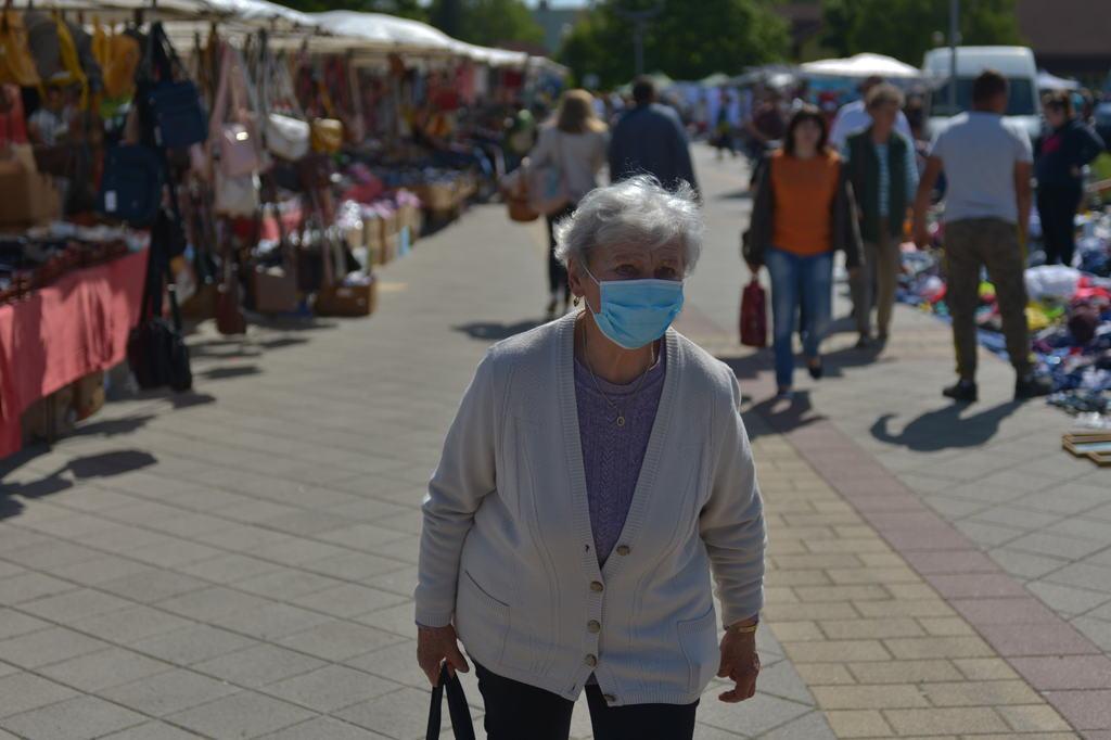 Az idősek csak másfél órában látogathatják a vásárt