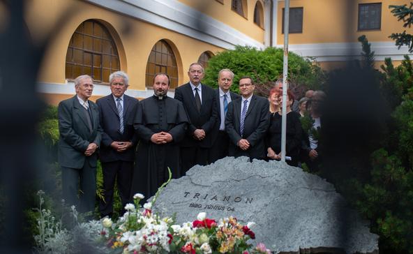 Jakab László: Trianon a határokon át is összeköt minket