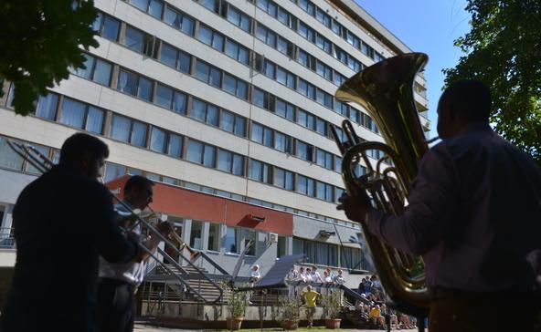 Fúvószenekar adott hálakoncertet a Nagyatádi Kórház dolgozóinak
