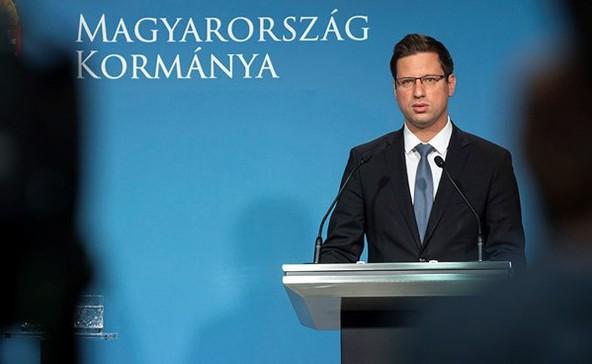 Ismét karanténba kell vonulniuk a fertőzött országokból érkező magyaroknak