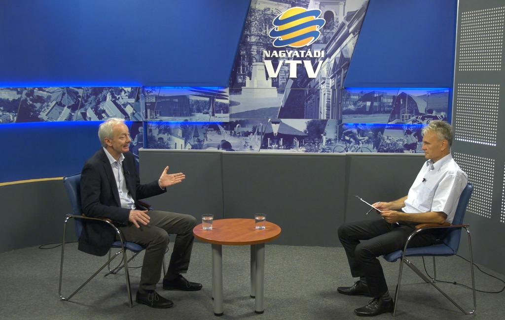 Stúdióbeszélgetés az NVTV-ben