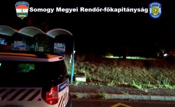 Így üldözték a rendőrök az embercsempész kocsiját