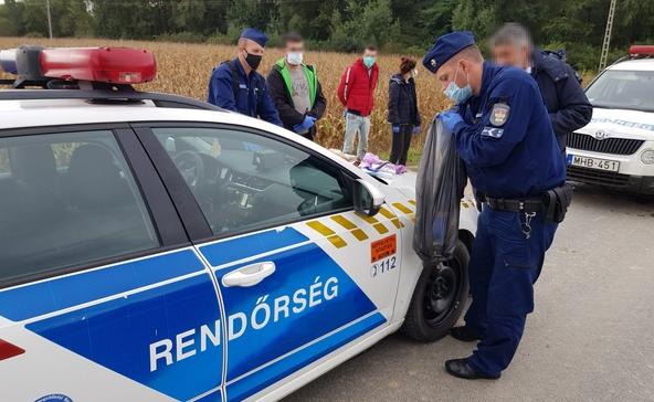 Német embercsempészt kaptak el Berzence közelében