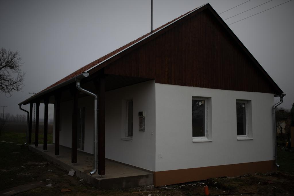 Az egyik újépítésű ház a Kónyi utcában.