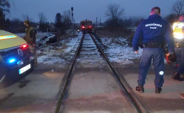 Vonattal ütközött egy autó Somogyban