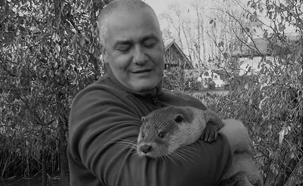 Tragikus hirtelenséggel hunyt el Töreki Tamás, a vidrákat oltalmazó mentőtiszt