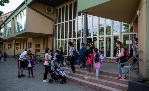 Zökkenőmentes volt az iskolák újranyitása