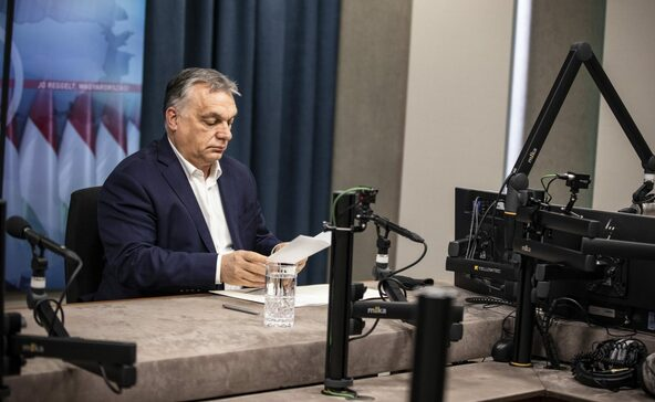 Orbán: vége a kijárási tilalomnak, nem kell maszk