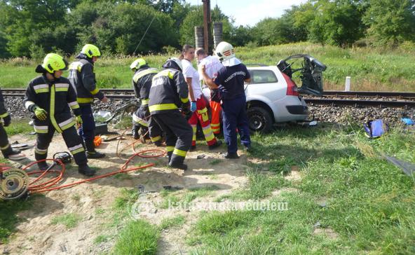 Egy halott és három súlyos sérült a somogyi szerencsétlenségben