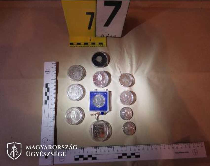 A fényképek a Somogy Megyei Rendőr-főkapitányság kutatásai során készültek.