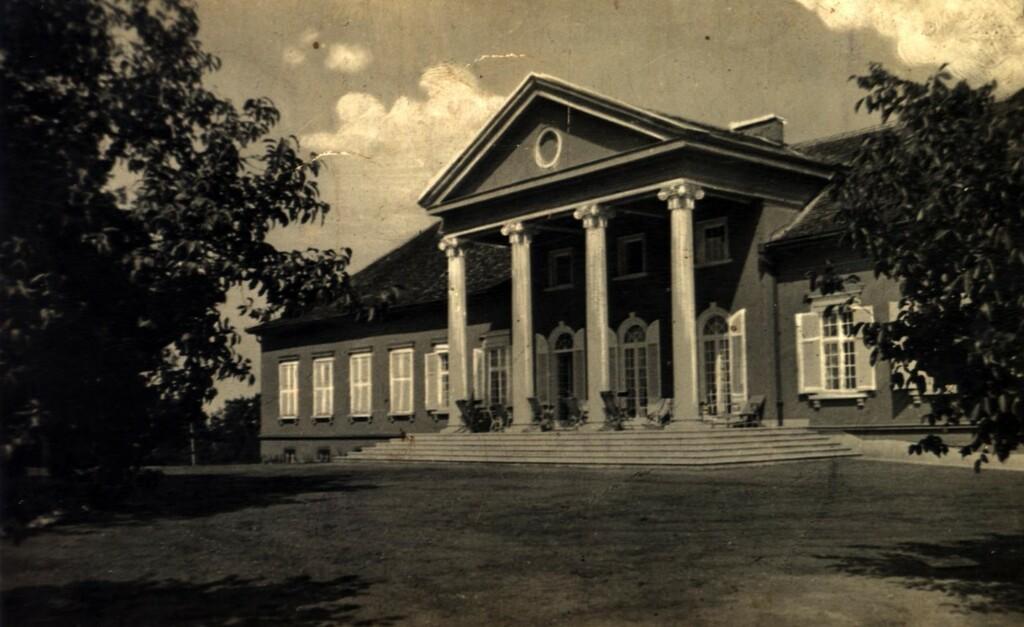 A Mándy-kastély egy korabeli felvételen