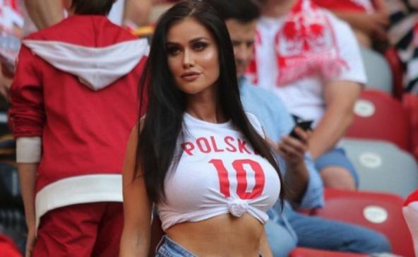 A nőket is lázba hozza a focivébé